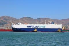 La nave roll-on di nave in porto marittimo Immagini Stock