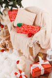 La Navidad, Año Nuevo, bolas rojas de la Navidad Foto de archivo libre de regalías