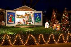 La Navidad adornó la casa Fotografía de archivo libre de regalías