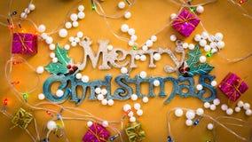 La Navidad adorna el fondo de los ornamentos Foto de archivo