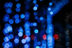 La Navidad azul del mery del bokeh de la guirnalda del juguete de la Navidad Fotografía de archivo