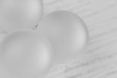 La Navidad blanca adorna el fondo Foto de archivo libre de regalías