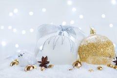 La Navidad blanca con nieve Imagen de archivo libre de regalías
