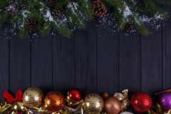 La Navidad, composición de los días de fiesta del Año Nuevo de decoraciones festivas, Imagen de archivo