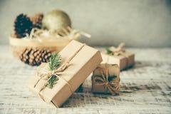 La Navidad Composición de la Navidad Regalo de la Navidad, perno Foto de archivo