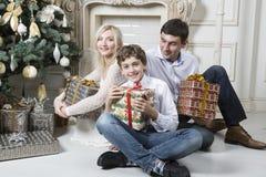 La Navidad de la familia Foto de archivo libre de regalías