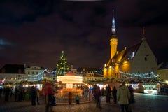 La Navidad de la visita de la gente justa en ciudad vieja Fotografía de archivo