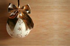 La Navidad de oro Imagen de archivo libre de regalías
