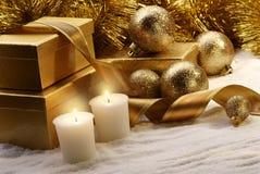 La Navidad de oro fotografía de archivo libre de regalías