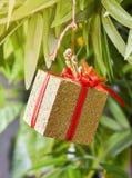 La Navidad del Año Nuevo de la caja de regalo Fotografía de archivo libre de regalías