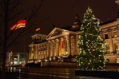 La Navidad del edificio de Berlín Reichstag Imágenes de archivo libres de regalías