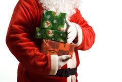 La Navidad del padre con los presentes envueltos Imagenes de archivo