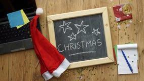 La Navidad en la oficina Imágenes de archivo libres de regalías
