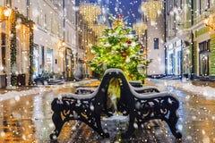 La Navidad en Moscú Festivamente adornado para la calle del Año Nuevo Fotos de archivo libres de regalías