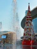 La Navidad en una ciudad moderna Imagenes de archivo