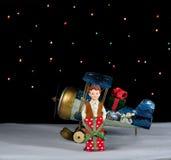 La Navidad está dando Imagen de archivo libre de regalías