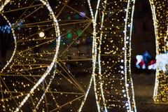 La Navidad Fondo abstracto festivo con las luces y las estrellas defocused del bokeh Fotografía de archivo libre de regalías