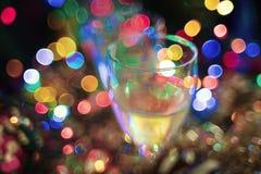 La Navidad, fondo del Año Nuevo con el bokeh de cristal y hermoso en el fondo Imagen de archivo