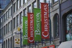 La Navidad hace compras en Boston - BOSTON, MASSACHUSETTS - 3 de abril de 2017 foto de archivo