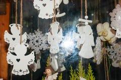 La Navidad juega los ángeles blancos Fotografía de archivo libre de regalías