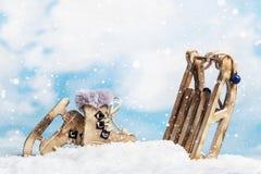 La Navidad juega los trineos y los patines Fotografía de archivo