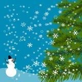 La Navidad, la tarjeta del Año Nuevo Árbol verde Muñeco de nieve alegre Fondo celebrador de la nieve que cae Ilustración Foto de archivo libre de regalías