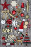 La Navidad Noel Sign y decoraciones Fotos de archivo libres de regalías
