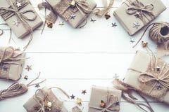 La Navidad, nueva colección de las cajas de regalo del tejo con el espacio de la copia en vintage Fotografía de archivo