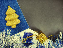 La Navidad o el Año Nuevo entonó el fondo de la foto Plantilla de la bandera de la Navidad del vintage con el lugar del texto Fotos de archivo libres de regalías