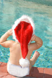 La Navidad por la piscina Fotos de archivo libres de regalías