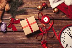 La Navidad regalo-lista para empaquetar Fotografía de archivo