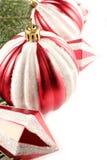 La Navidad roja adorna la frontera   Foto de archivo