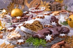 La Navidad sabrosa Stollen Imágenes de archivo libres de regalías