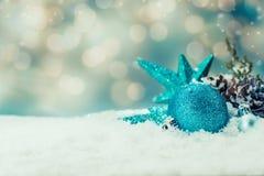 La Navidad y Año Nuevo con nieve Imagen de archivo libre de regalías