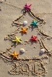 La Navidad y Año Nuevo en la playa Fotografía de archivo