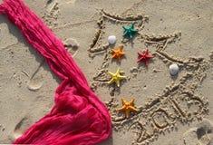 La Navidad y Año Nuevo en la playa Imagenes de archivo
