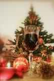 La Navidad y vino rojo Imagenes de archivo