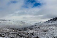 La neige a couvert des montagnes en Chine Photos libres de droits