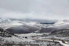 La neige a couvert des montagnes en Chine Images libres de droits