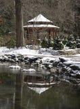 La neige a couvert Gazeebo Photos stock