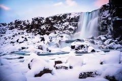 La neige a couvert la scène au parc national de Thingvellir photographie stock
