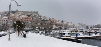 La neige a couvert la ville Photographie stock
