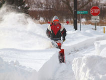 La neige nettoient, tempête de neige de 2011 Photos libres de droits