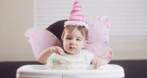 La neonata celebra il suo primo compleanno video d archivio