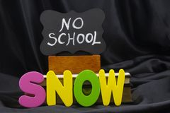 La NEVE causa un giorno della neve con un NESSUN closing del tempo della SCUOLA Fotografie Stock Libere da Diritti