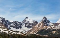 La neve ed i picchi Fotografia Stock Libera da Diritti