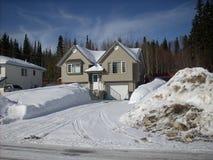 La neve ha arato la strada privata - l'inverno scenico Immagini Stock Libere da Diritti