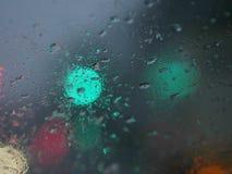 La neve si sfalda sul parabrezza Fotografie Stock
