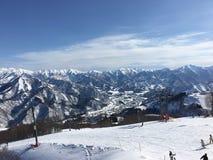 La neve sulla montagna Fotografie Stock Libere da Diritti