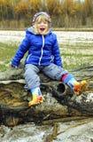 La niña de risa Foto de archivo libre de regalías